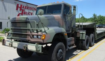 Freightliner M916A2 6×6 Tractor